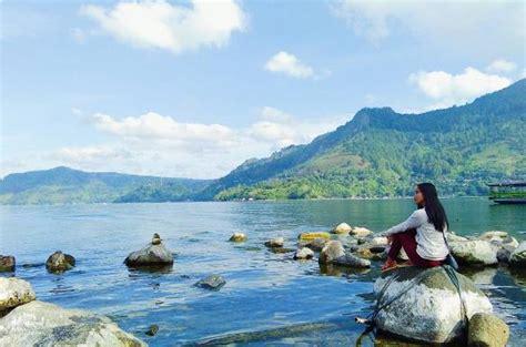 tempat romantis samosir kunjungi 29 tempat wisata di medan yang romantis