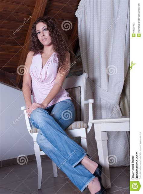 Casual Sitting Chairs Legs With Sitting Www Pixshark Images