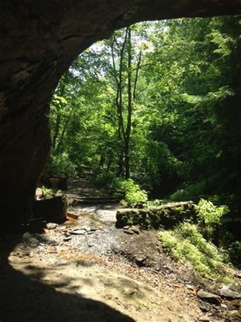 mineral springs loop hike picture of raccoon creek state