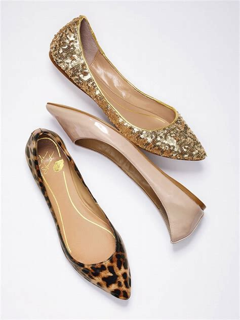 Shoe Trend for Spring 2013: The Pointy Flat   Arabia Weddings