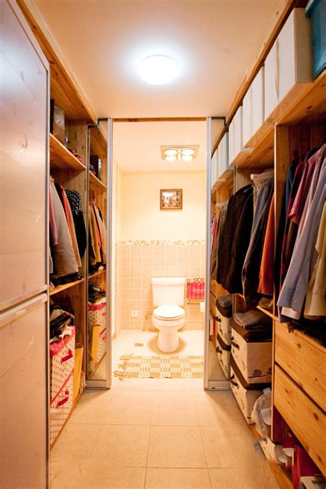 bathroom with walk in closet designs master bedroom walk in closet and bathroom