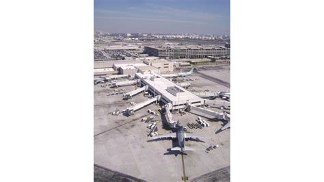runway layout manager geospatial maps make airports safer aviationpros com