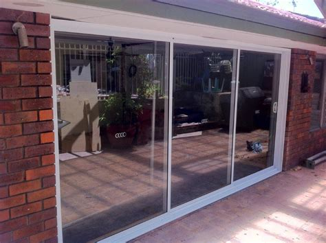 Glass Stacking Doors Stacking Glass Doors Home Security Tips Aluminium Windows Doors 171 Betaview Clearview