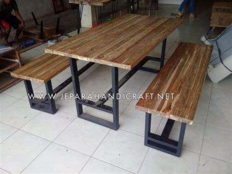 Meja Kayu Jati Belanda Pinus Ukuran Sedang 74x34x30 kursi kayu rangka besi berbagai macam furnitur kayu