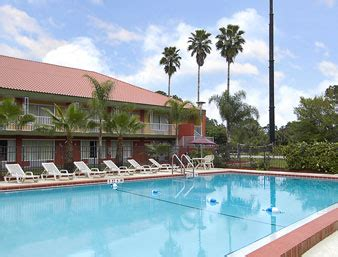 Comfort Inn Cocoa Park And Cruise by Canaveral Cruiseport Hotels Canaveral Parking Cna Hotel N