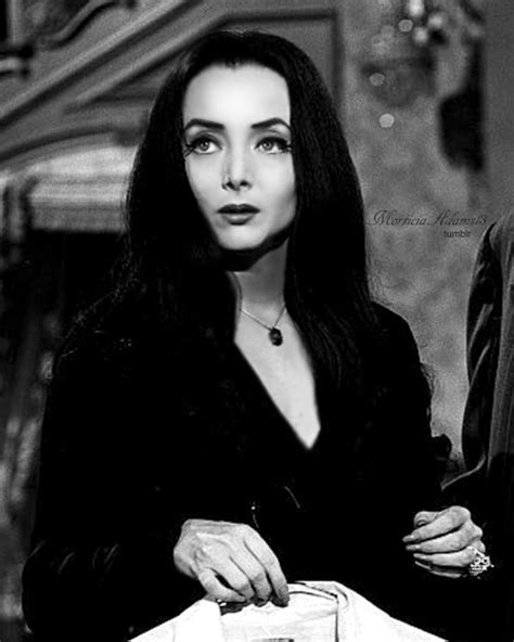 madam addams film pinterest carolyn jones morticia