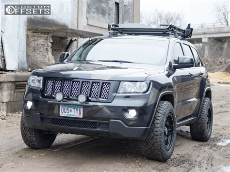 lifted jeep grand cherokee 2013 jeep grand cherokee lifted pictures to pin on