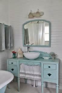 rinnovare il bagno con un vecchio mobile