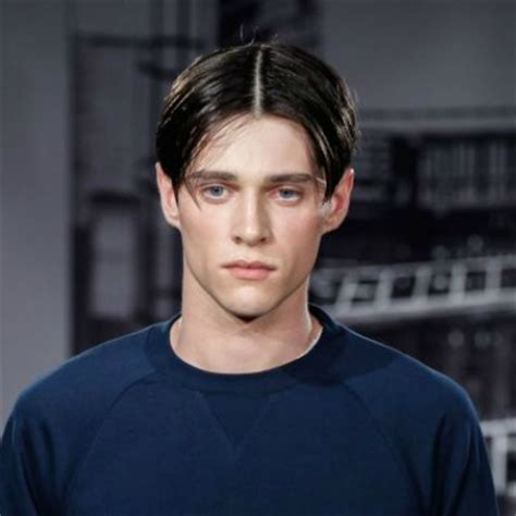 middle part haitstyle for men how to get a stylish curtain haircut the idle man