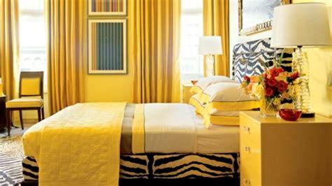 gelbes schlafzimmer gelbe farbgestaltung im schlafzimmer 24 fotos