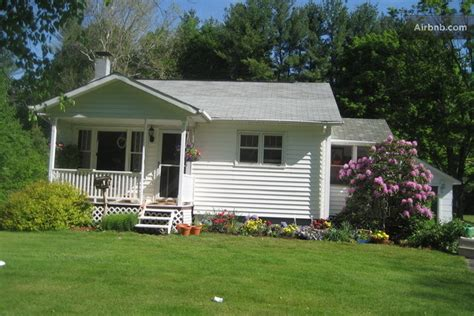 White Cottage Rental by Gorgeous White Cottage Ffor Rent