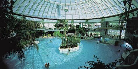 hotel mit schwimmbad ostsee deutschland ostsee therme timmendorfer strand scharbeutz erlebnisbad