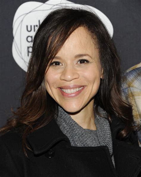 rosie perez wig on view the view staffs up for its new season with rosie perez and