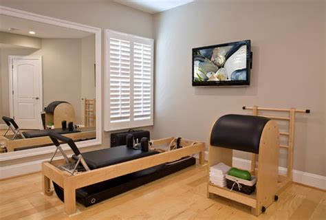 pilates zu hause eigenes fitnessstudio zu hause einrichten freshouse
