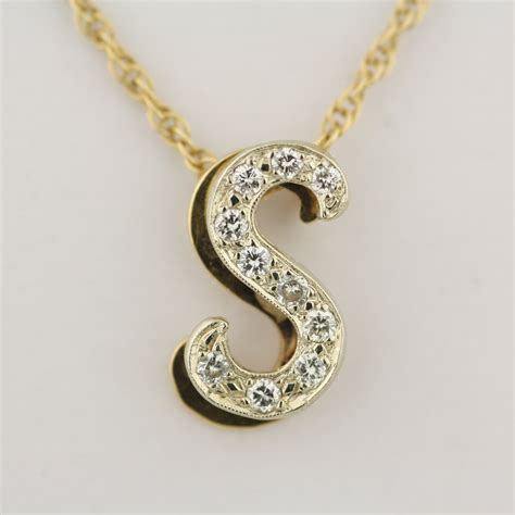 jewelry pendants pre owned s letter pendant with 20 inch chain