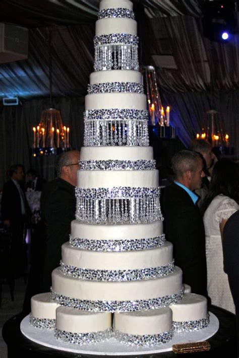 25 best ideas about bling wedding themes on bling wedding decorations bling
