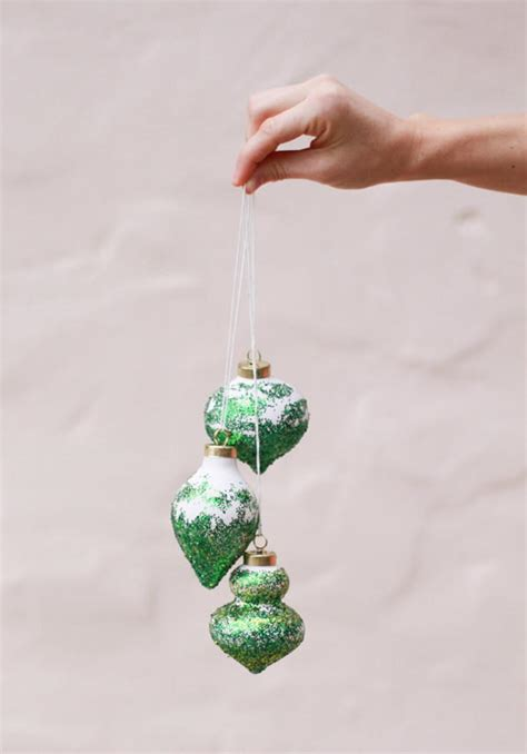 glitter diy christmas tree ornaments allfreediyweddings com