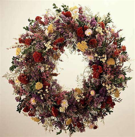 187 country garden wreath