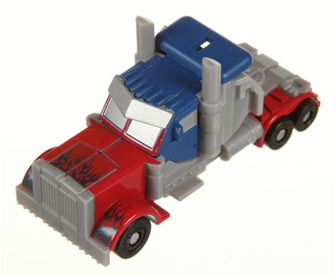 Transformers Magazine Rotf Universe Limited Edition legends class optimus prime transformers of the fallen rotf autobot