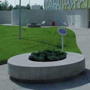 panchine in cemento prezzi panchina in cemento con fioriera integrata roller by