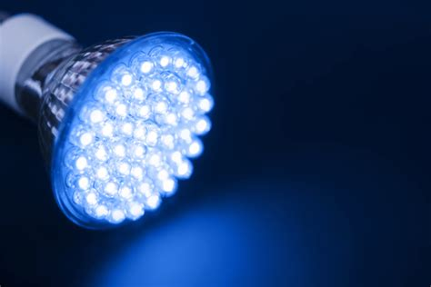 what is led lighting what are the differences between led light systems and