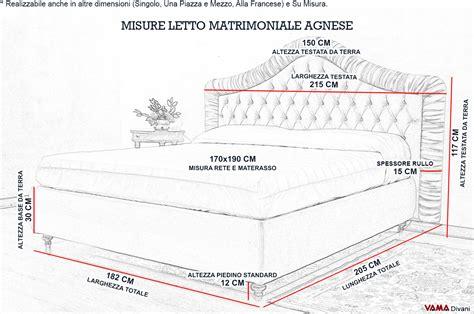 misure da letto matrimoniale letto matrimoniale classico in velluto con rullo a pieghe