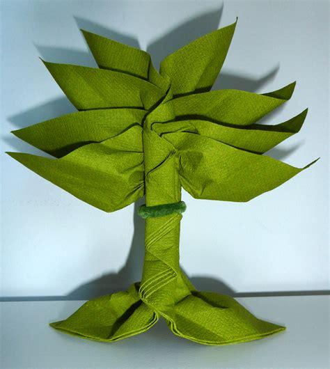Pliage De Serviettes En Papier Dans Un Verre by Pliage De Serviette De Table En Forme De Palmier Ou Arbre