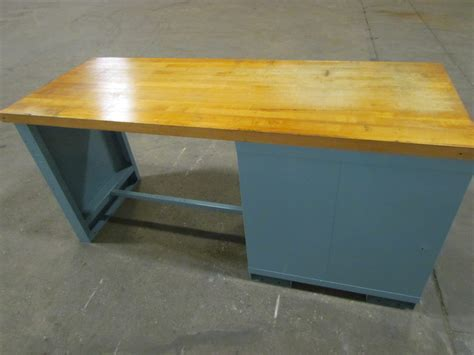 butcher block work benches lyon industrial butcher block work bench 72 quot wx28 1 4 quot dx34