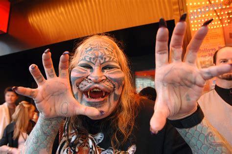 cat man tattoo died dennis avner stalking cat dead at 54 body