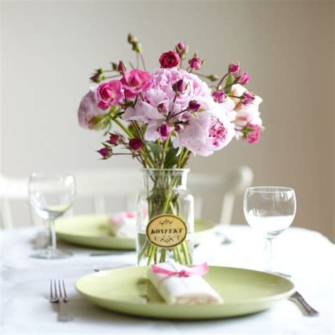 simple flower arrangements for tables simple and lovely table arrangement wedding ideas