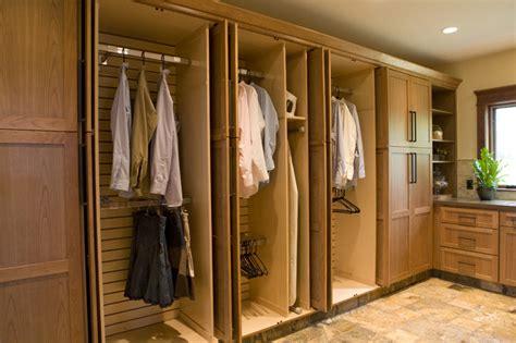 Frank S Closet Frank Lloyd Wright Inspired Home