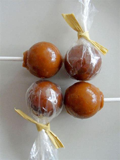 Golden Vanilla Caramel Lollipops by Have It Sweet