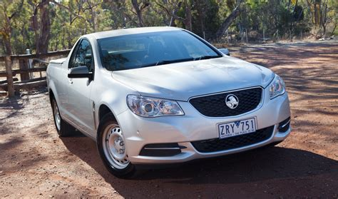 holden vf holden vf commodore model by model guide photos 1 of 19