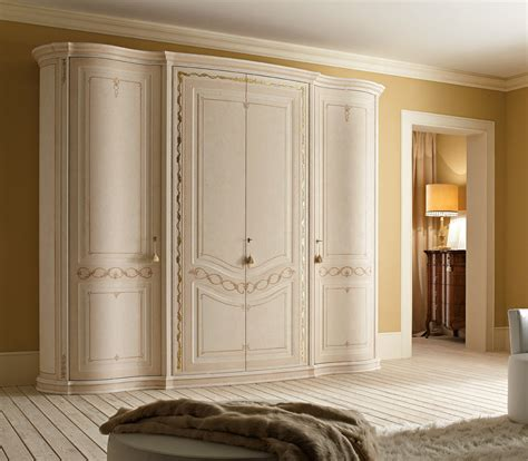 Italian Wardrobe by Classic Wardrobes And Bedroom Suite In Luxury Italian Style