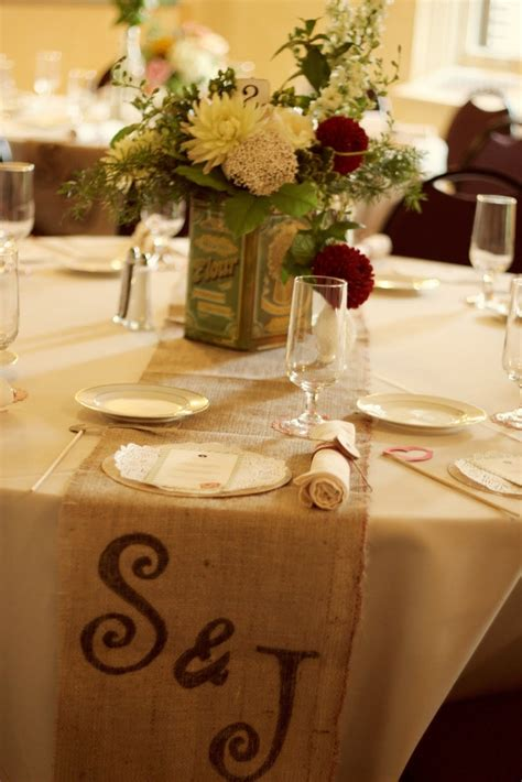 Burlap Wedding Table Decorations by Table Decor And Burlap Is Cheap Wedding Ideas