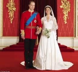 kate and william royal wedding pictures the official royal wedding album
