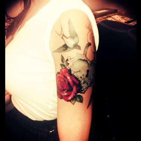 shauna morris romantic tattoo by genghis roses heart