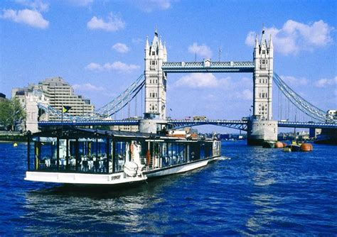 thames river cruise london deals bateaux london classic lunch cruise on the thames river