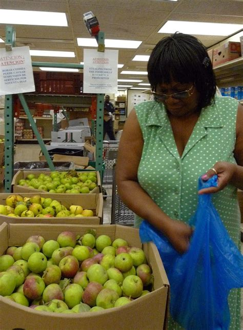 program aims to fill food shelves with local fruit the