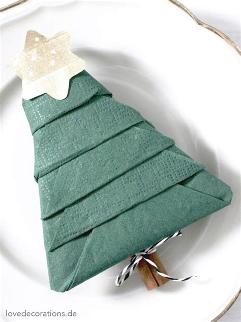 serviette tannenbaum falten diy serviette falten tannenbaum und wie kinder einen