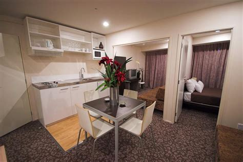 one bedroom flat auckland empire apartments budget and cheap student apartments