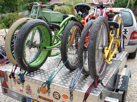 Trailer Top Bike Rack by Pin By Amanda Atkin On Luggage Trailer Ideas