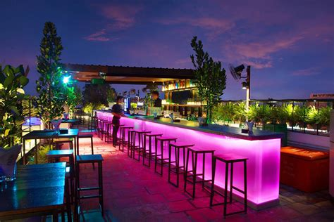 best roof top bars top 10 night spots in georgetown best places to go at