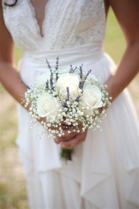 Small Bridesmaid Bouquets by Best 25 Small Bouquet Ideas On Bridesmaid