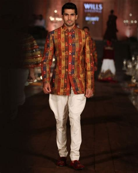 Indian Wedding Guest Outfits for Men   Kurtas, Designer Suits