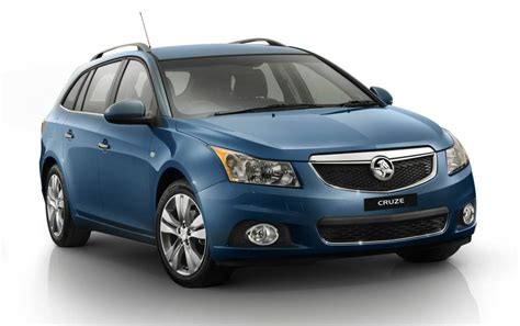 holden hatchback 2013 holden cruze wagon makes australian debut photos 1