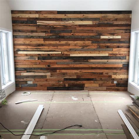 Mur De by Diy Mur De Planche De Palette Wood Grange