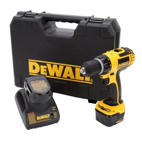 dewalt 12 volt ni cad 3 8 in cordless compact drill kit