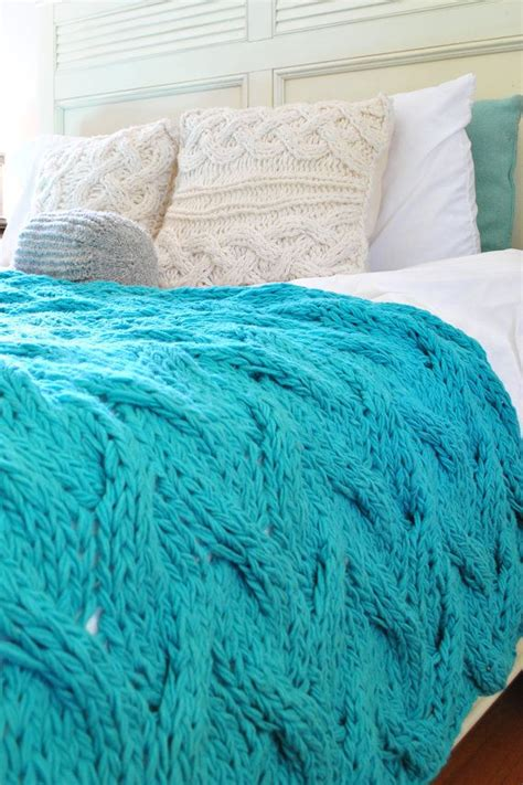 cable knit blanket king size 25 best ideas about cable knit blankets on