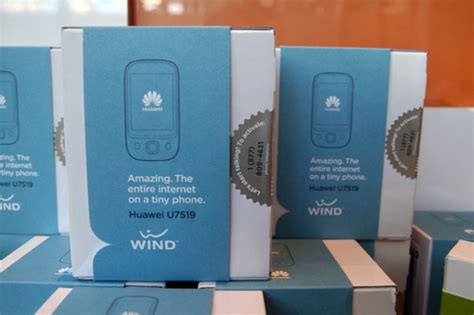 wind mobile ca wind mobile launches toronto stores